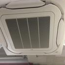 業務用天井埋込エアコン分解洗浄