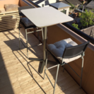 IKEA テラステーブル、椅子2脚、クッション