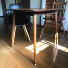 北欧風2人用テーブル