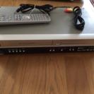 HITACHI   VHSとDVDプレイヤー