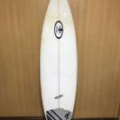 中古サーフボード UESUGIサーフボード 5'11
