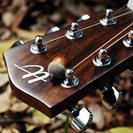 ★ギター女子にもおすすめ★アカシア最高品質アコースティックミニギター【送料無料】 - 売ります・あげます