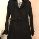黒のスプリングコートです!