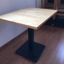 木目テーブル