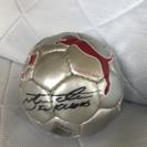 サイン入りサッカーボール?