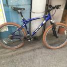 GT アバランチェ3.0 クロスバイク AVALANCHE