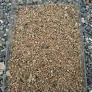 ■福岡市 【東和建材】(荒目) 芝生の下地用の川砂配達販売致します。