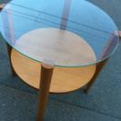 ◆ガラステーブル◆少々汚れありです◆