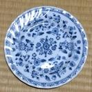 青い柄の薄型小皿1枚