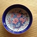 大きな丸皿(青縁)