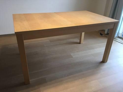 Ikeabjurstaダイニングテーブル3000円伸縮式46人用 Yuka 月島の