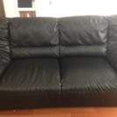 黒のソファー 家具