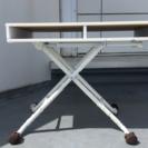 高さ可変式の頑丈なテーブル 訳あり家具