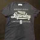【美品】Superdry Tシャツ 極度車動自