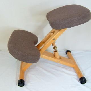 【値下げ】姿勢がよくなる椅子 引き取りのみ