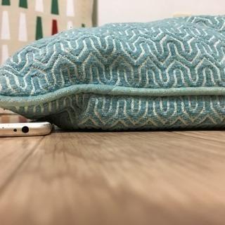 クッション 緑色 みどり 青 ブルー
