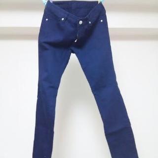 紺色パンツ   美品