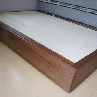 ■無印良品■収納セミダブルサイズ ウォールナット材 ベッドフレームの画像