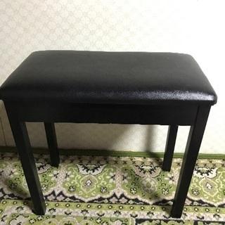 ピアノの椅子