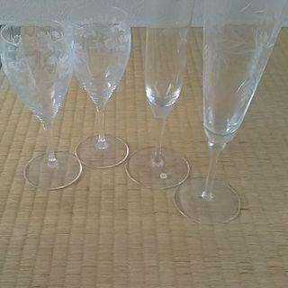 ワイン、シャンパングラス4個