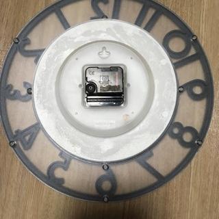 【無料】無難な掛け時計 - 足立区