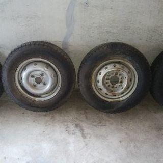 【値下げ】軽トラック、バン用履き潰しスタッドレス鉄ホイール4本セット