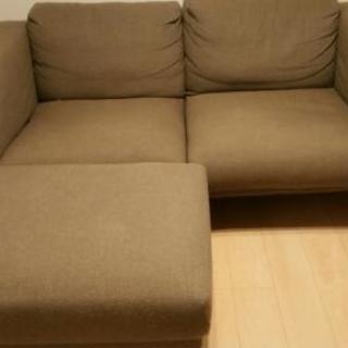 IKEA ソファーとオットマン