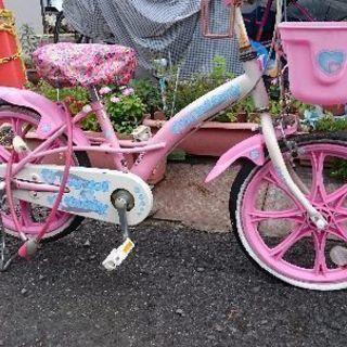 女児の自転車18インチ。パンクしてます🚲