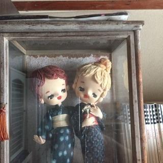 ケース入り和洋折中人形