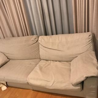 中古 シンプルなソファー