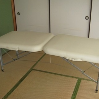 ベリーニ30(フォンタナ) 折畳、持ち運び、軽量、ベッド、マッサー...