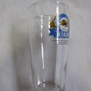 ビールのグラス(キリン)3つ