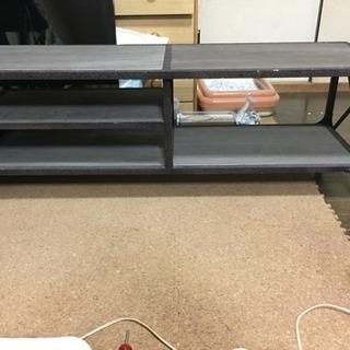 サビ加工されたものです。テーブル、テレビ台など