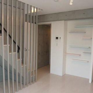 築浅 美室 メゾネット1LDK!15.9万 4階!美室です!!