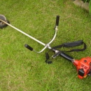 お庭の清掃、草刈り、草抜き、除草、防草コート設置など