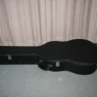 クラシックギターのハードケース