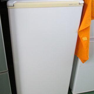 三洋電機/2ドア冷凍冷蔵庫▼75L▼SR-YM80(W)▼2010...