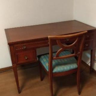 アンティーク 机と椅子