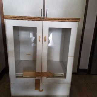 木製引き出し付きのキャビネット白×ピンク