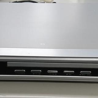 DVDプレーヤーと5.1chサラウンドシステムスピーカーのホームシ...