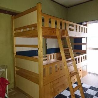 ベッド下収納付き二段ベッド
