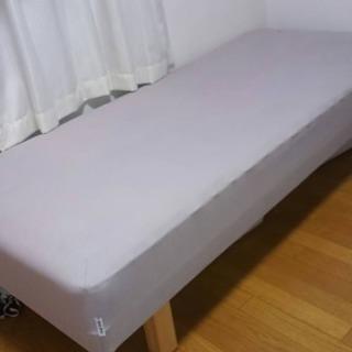 定番!!脚付シングルベッド
