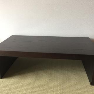 ローテーブル 木目調 シンプルなデザイン