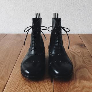 自分の手でお気に入りの靴を作ってみませんか?