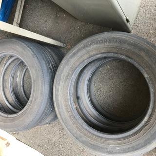廃タイヤ溝はほとんどないです。
