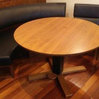 高さ調節可能テーブルセット