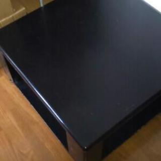 コロコロ付き、ブラックテーブル