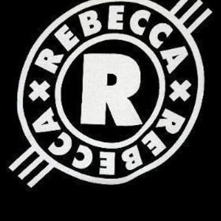 レベッカのコピーバンド!
