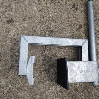 【値下げ】BS/CSアンテナ用 マスプロ電工 コンクリートフェンスベース