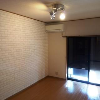 選べる壁紙♪ 八千代市の賃貸アパートメント1R
